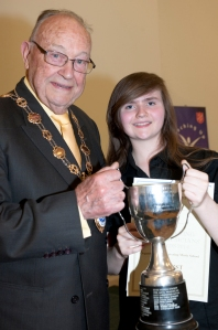 Katie Tweddle Winner with Mayor, Cllr Eric Munday web