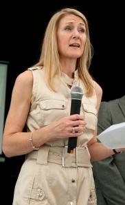 Julia Herold w