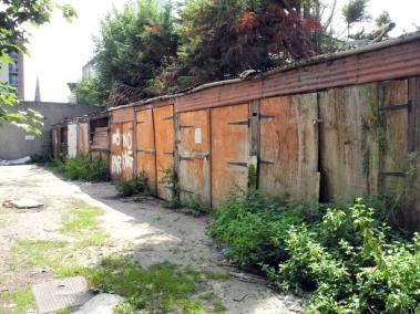 Garages Dunton Road